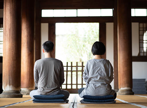 Inspiring -Zen meditation with the Guidance of Nanzenji Temple-